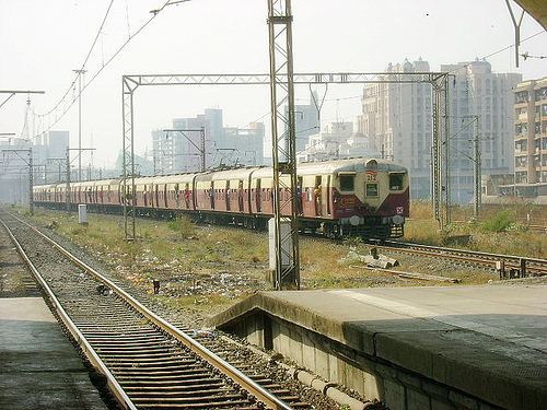 mumbai-train.jpg