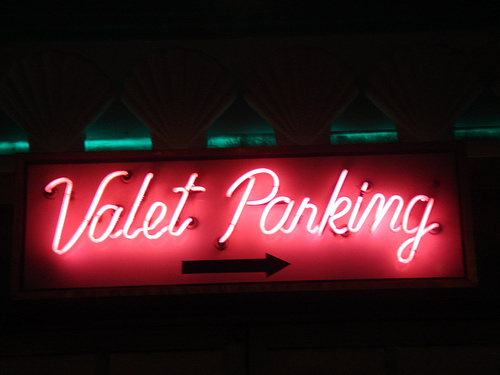 Valet Parking sign in Las Vegas. Flickr photo by Tadson.