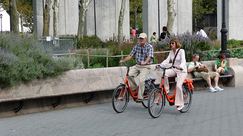 Dutch bikes in Battery Park, New York. Photo by Ensie.