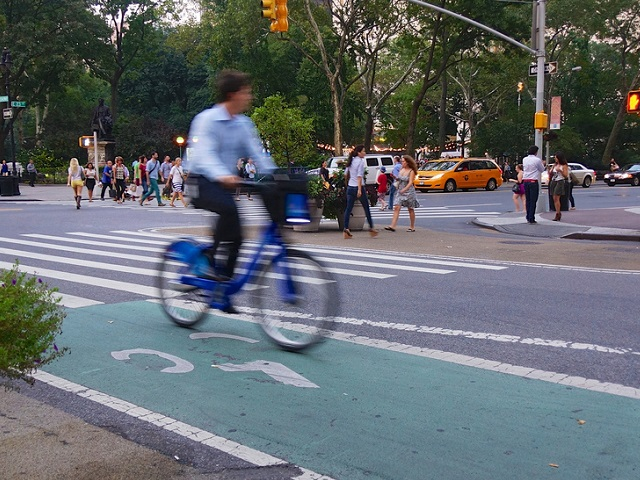 Safe, connected bike lanes in New York City foster higher use of the city's bike-share systems. Photo by Ted Eytan/Flickr.