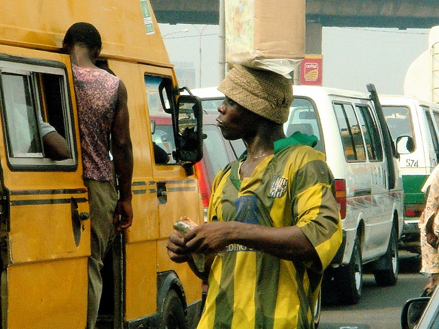 Lagos struggles with congestion and insufficient mass transit, but a recent focus on sustainable transport can improve mobility and reduce greenhouse gas emissions. Photo by G@tto Giallo/Flickr.