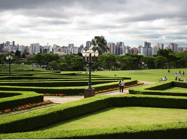 Curitiba, Brazil's green corridor